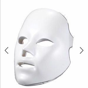 Other - Deesse Pro LED Mask